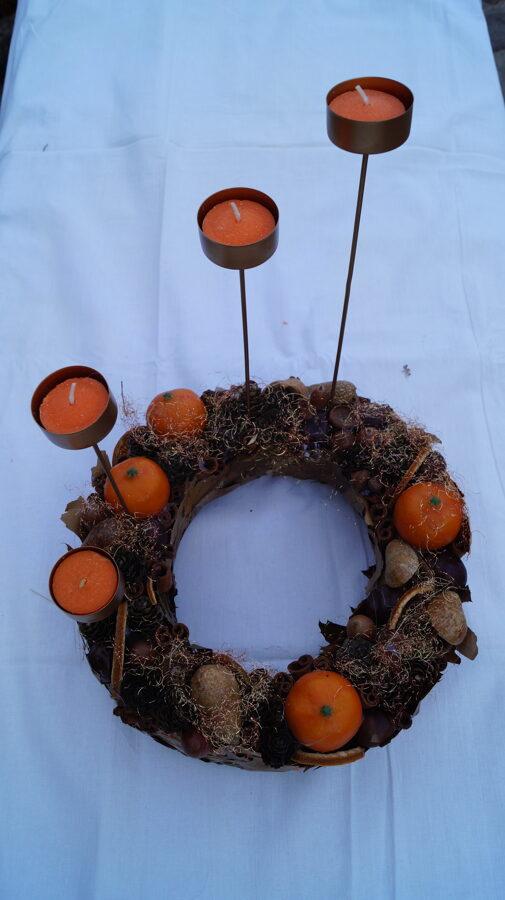Adeventes vainags ar mandarīniem